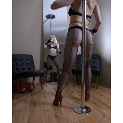 Domestic_burlesque2